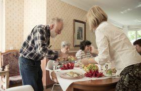 gemeinschaftsarbeit und bereun für senioren in zeuthen naehe berlin